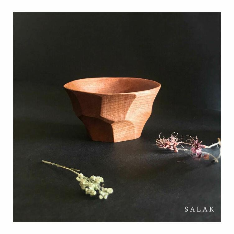 桜の手彫りぐい呑   -SAKI-